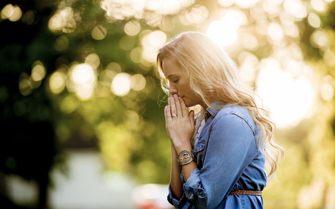How to Stay Connected to God Through Prayer